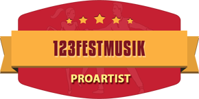 Profil för Cornelia på  123festmusik.se :  Sångerska & DJ med eget PA & ljus. Full Fart & Party med bakgrunder Dans, Pop, Rock, Disco